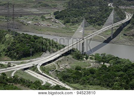 Puente Centenario, Panama's Centennial Bridge