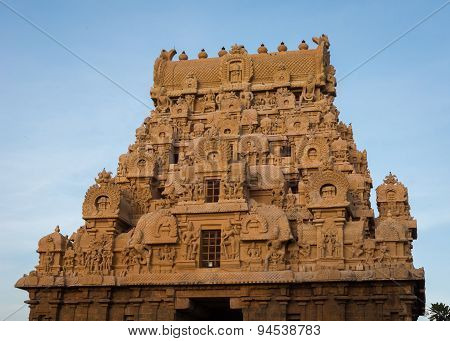 Top Of The Entrance Gopuram Of Brihadeswarar Temple.
