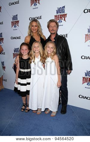 LOS ANGELES - JUN 24:  Brittany Daniel, David Spade, Chloe Guidry, Allison Gobuzzi, Lauren Gobuzzi at the