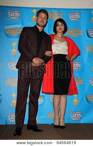 LOS ANGELES - JUN 25:  Travis Van Winkle, Shannyn Sossamon at the 41st Annual Saturn Awards Press Room at the The Castaways on June 25, 2015 in Burbank, CA