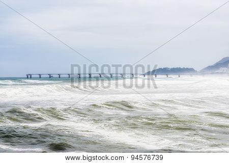 Strong Waves In Namhangjin