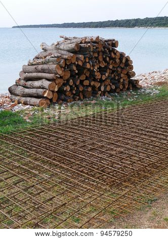 Firewood and reinforced steel