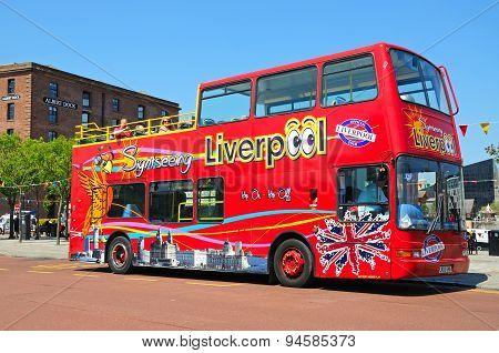 Liverpool city tour bus.