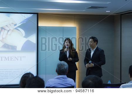 BANGKOK THAILAND-NOVEMBER 29: Bangkok seminar. Thai people enjoy seminar financial class on November