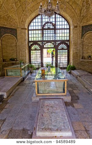 Iranians marble graves