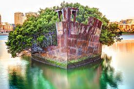 foto of collier  - Historic Shipwreck in Homebush Bay - JPG