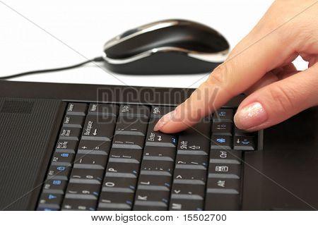 finger& laptop