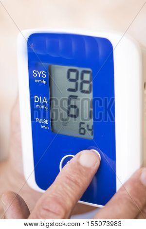 Blood Pressur Pulse Rate Meter