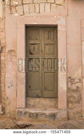 Wooden door. Acquaviva delle fonti. Puglia. Italy.