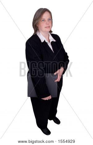 geschäftsfrau holding einen laptop