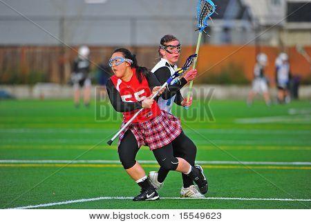 Girls Lacrosse eye on the ball