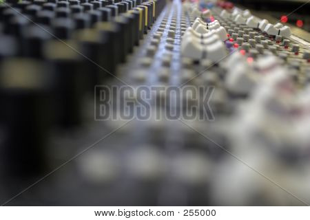 Sound Board Focus