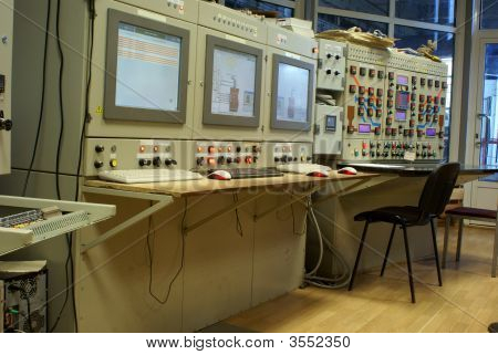Technology Industry Computers Control Room Plant