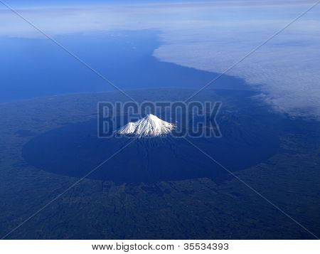 Mount Taranaki Or Mount Egmont Of New Zealand