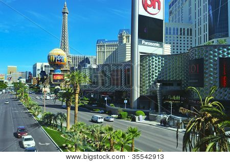 LAS VEGAS, US - OCTOBER 13: The Strip and Paris Las Vegas Hotel on October 13, 2011 in Vegas, US. The resort has an hotel with 2,915 rooms and a half scale, 541-foot tall, replica of the Eiffel Tower