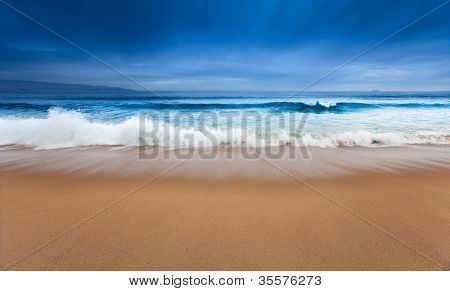 eine schöne surreal Ozean-Szene