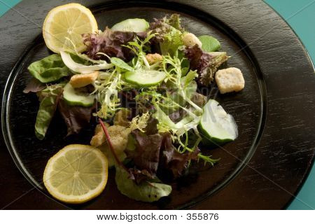 Salad W_lemons On Blackplate