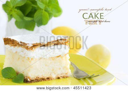 Vanilla Creamy Cake
