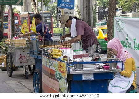 Bangkok, Thailand Oct 19Th: Street Vendors Preparing Food On Sukhumvit Road On October 19Th 2012. Au