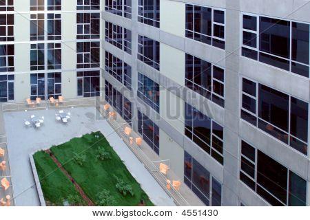 A Modern Loft Courtyard