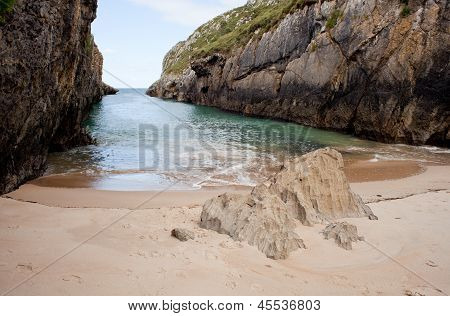 Beach Of Nueva De Llanes