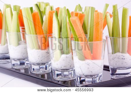 vegetable appetizers with yogurt