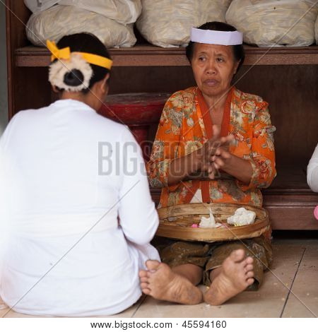 Balinese Women Make Sweets For Offerings
