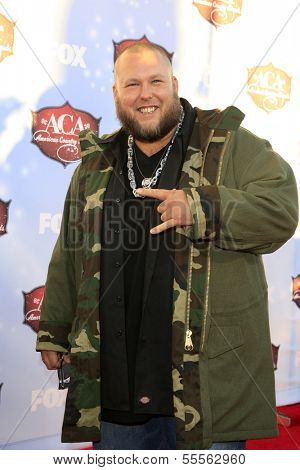 LAS VEGAS - DEC 10:  Big Smo at the 2013 American Country Awards at Mandalay Bay Events Center on December 10, 2013 in Las Vegas, NV