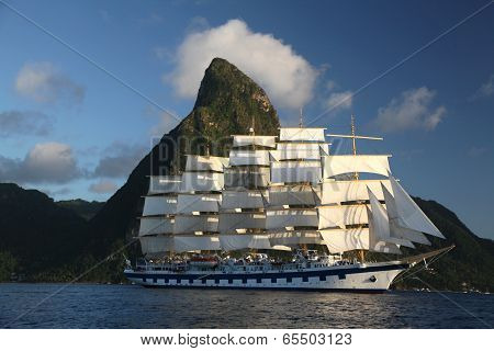 Clipper Ship sails from St. Lucia