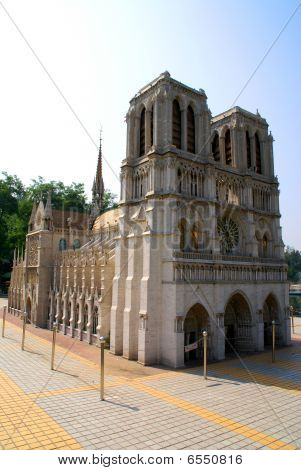 Copy of the Cathedrale Notre-Dame d'Amiens.