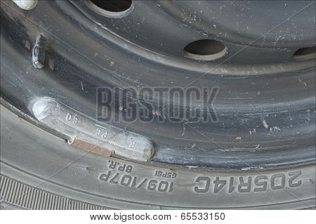 Balanced car wheel