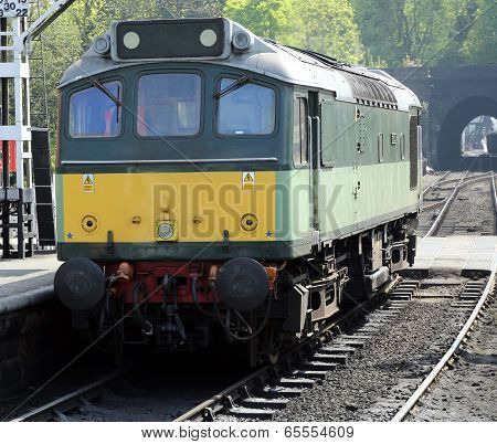 Class 25 Bo-Bo Train
