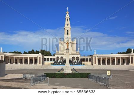 FATIMA, SPAIN - SEPTEMBER 29, 2008: The grand memorial and religious complex in the small Portuguese town of Fatima. One hundred years ago in this place three poor children was vision of Virgin Mary