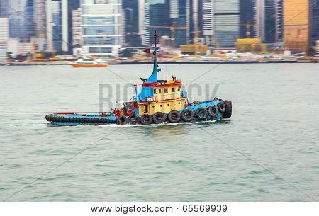 Tug Boat Cruising Victoria Harbor