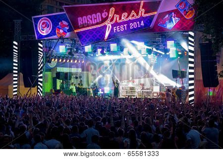 MOSCOW - MAY 24: Pusha T group performs at Bosco Fresh Festival in Muzeon Park on May 24, 2014 in Moscow. The mission of this festival is to find new talent and releasing them on the big stage.