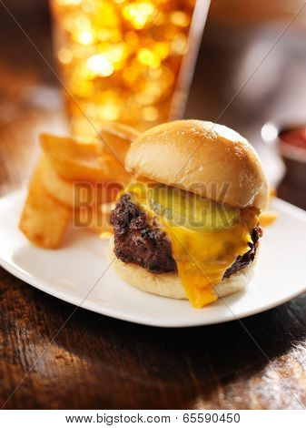 burger slider with french fries and drink