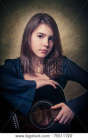 Girl with a guitar,