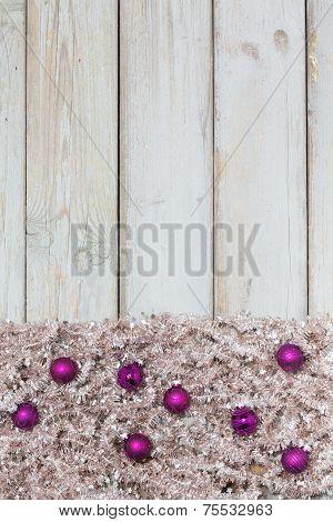 Background Violett Christmas Balls