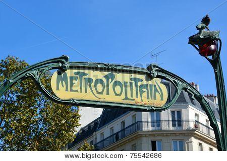 Art Nouveau entrance sign for the Metropolitain underground