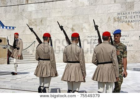 ATHENS, GREECE - SEPTEMBER 04: The Changing of the Guard ceremony takes place in front of the Greek Parliament Building on September 04, 2012 in Athens, Greece.