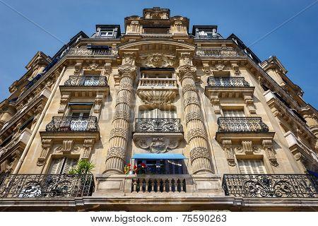 Paris Architecture: Haussmannian Facade And Ornaments