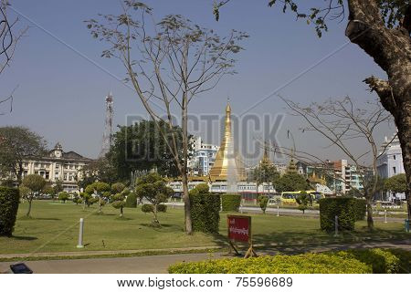 Yangon Downtown main park