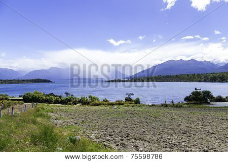 Beautiful turquoise lake, Lake Te Anau, New Zealand