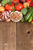 picture of pinto  - Pinto beans in a bowl and vegetables - JPG