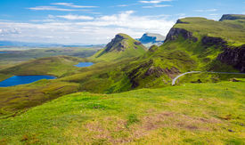 picture of plateau  - Green landscape on the Isle of Skye in Scotland - JPG