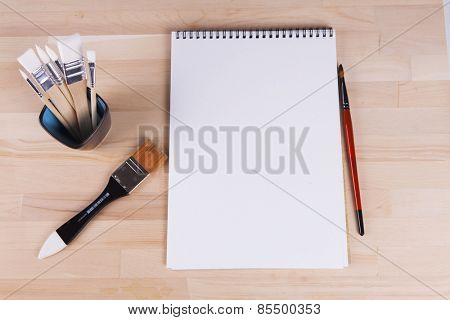 Beautiful composition of different brushes, album artist.