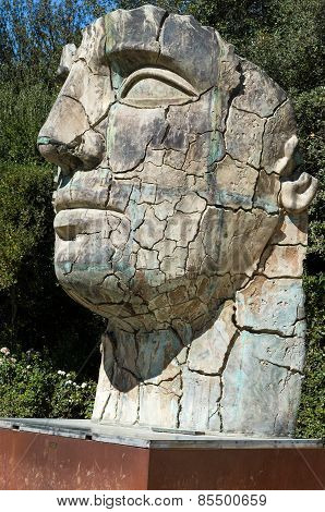 Sculpture Tindaro Screpolato By Igor Mitoraj In Boboli Gardens