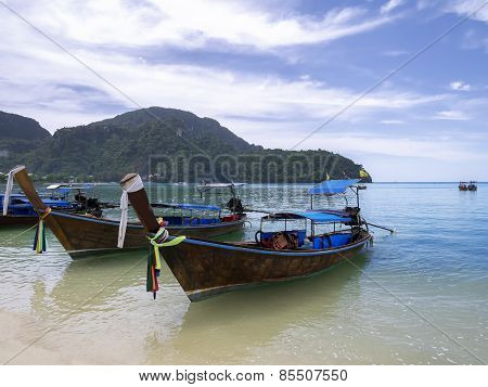Boats of Phi Phi Don Island