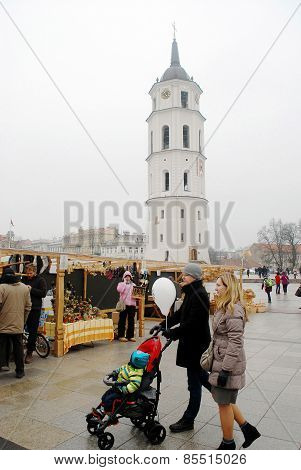 Vilnius City In Annual Traditional Crafts Fair: Kaziukas Fair