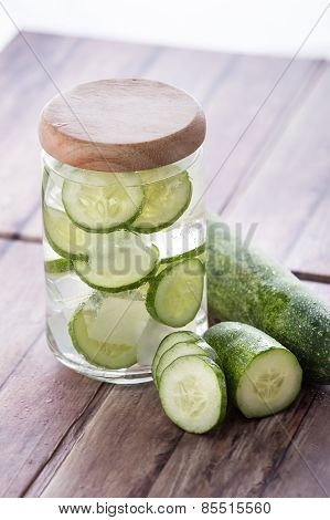 Cucumber Infuse Water